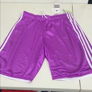 Women's basketball shorts size small NWT